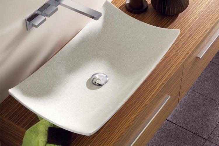 Lavatory - 洗面所 -